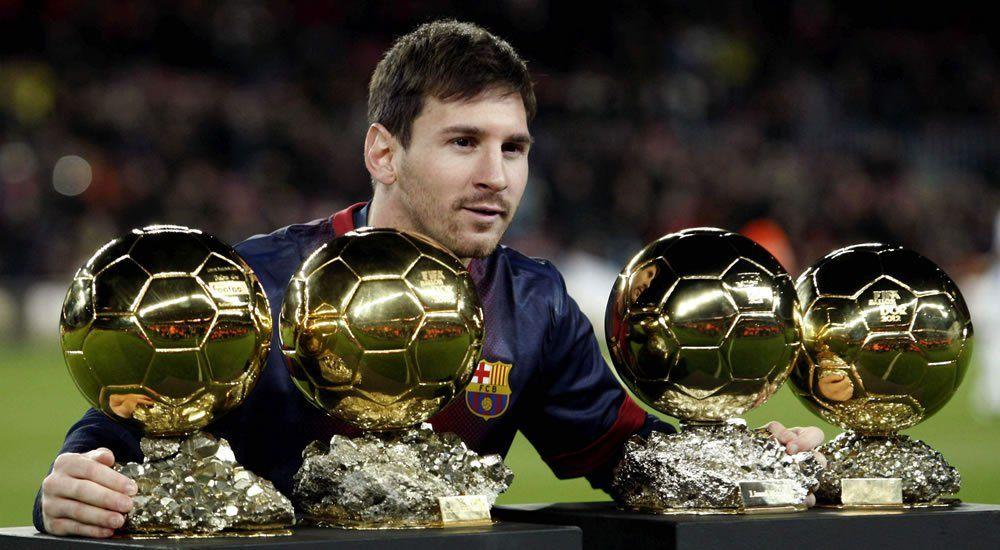 Leo Messi con sus 4 balones de oro