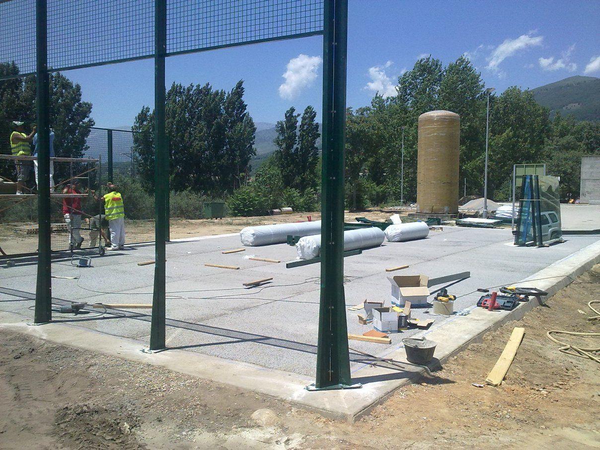 Construir una pista de pádel