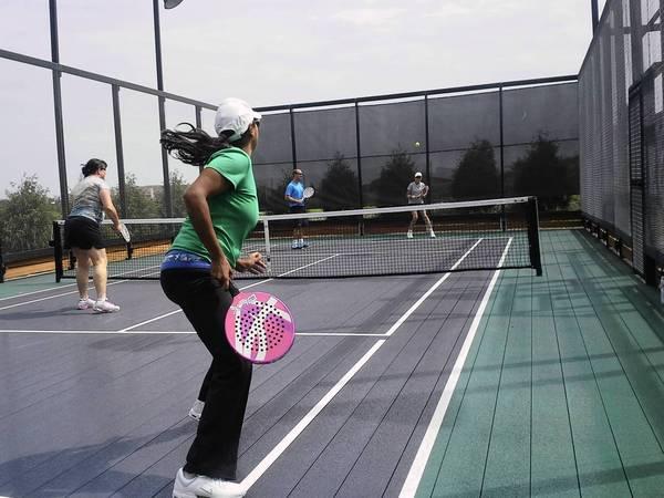 Platform Tenis